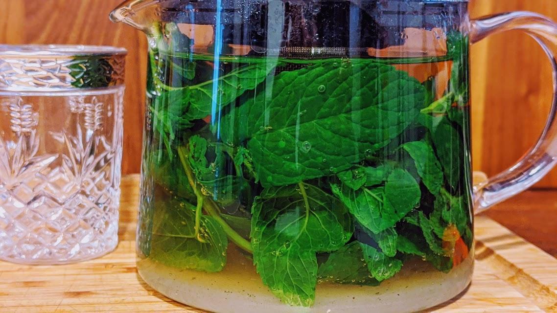 théière de thé à la menthe